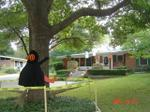Halloween_decorated_house
